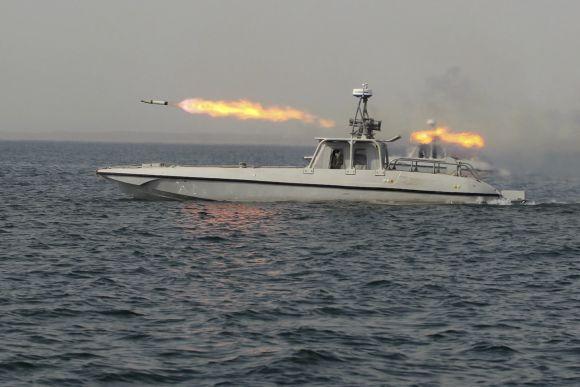 Iranas išbandė tolimojo nuotolio raketas
