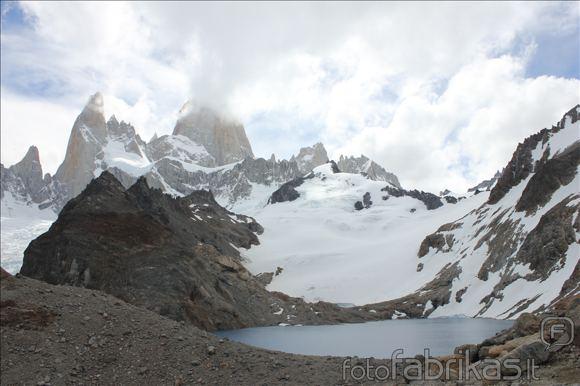 MM alpinistų nuotr./Aguja Poincenot ir Fitz Roy ia stovyklos