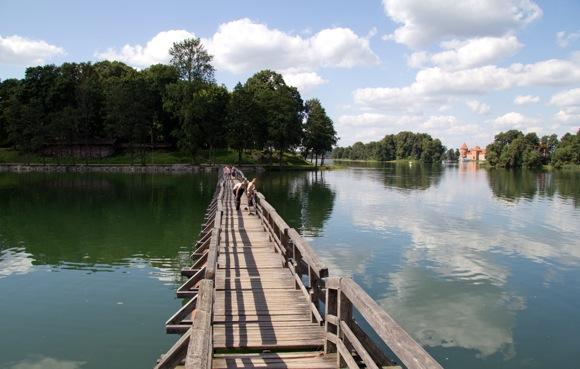 Tiltas per Galvės ežerą