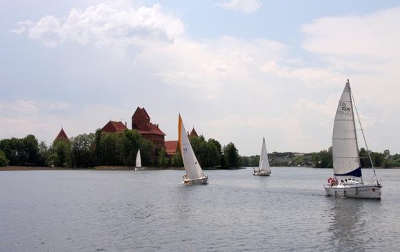 Jachtos Galvės ežere