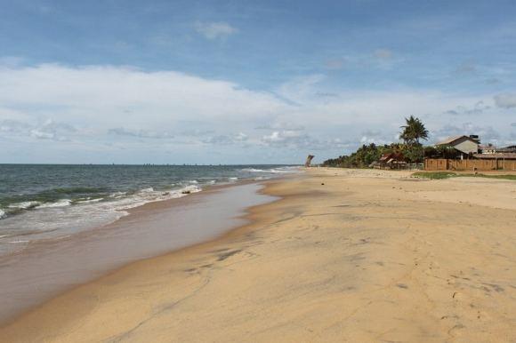 D.Kinderio nuotr./`ri Lankos Indijos vandenyno pakrantė. Bėgiot ant smėlio sudėtinga.