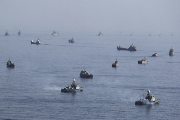 Irano karo laivynas greta Ormūzo sąsiaurio