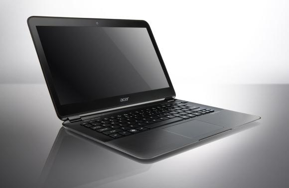 """Ploniausias pasaulyje nešiojamasis kompiuteris """"Acer Aspire S5""""."""