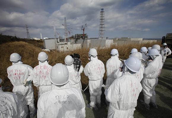 Žurnalistai prie Fukušimos-1 AE
