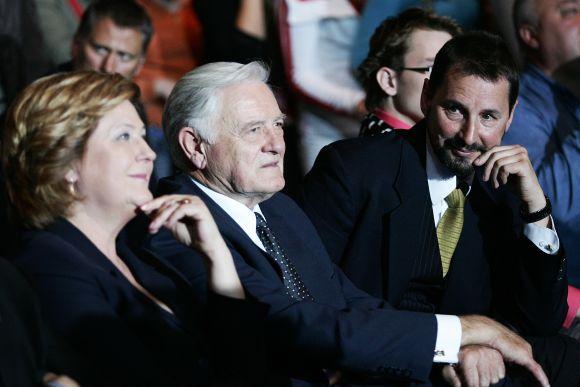 E.Babenskas (dešinėje) į savo renginius prisiviliodavo ir tuometį prezidentą V.Adamkų.