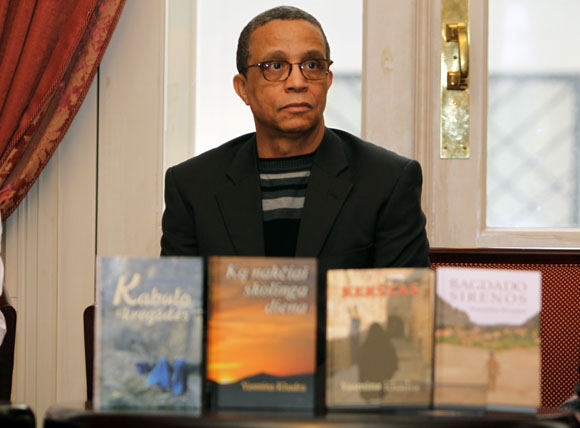 Rašytojas Yasmina Khadra