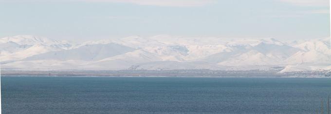 Karolio ir Evelinos nuotr./Daugelio turistų nematomas Vano ežero grožis žiemą