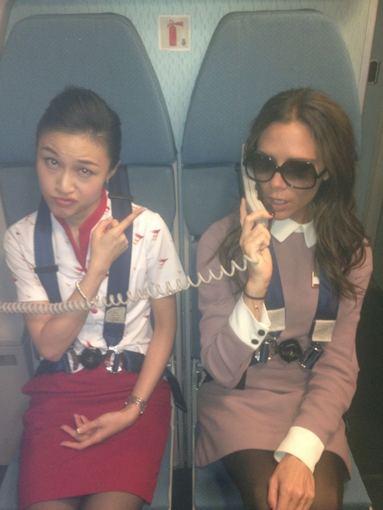 """""""Twitter"""" nuotr./Victorios Beckham nuotrauka, sukėlusi Oro bendrovės """"Cathay"""" pasipiktinimą"""