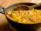 Shutterstock nuotr./Karatos bulvių salotos