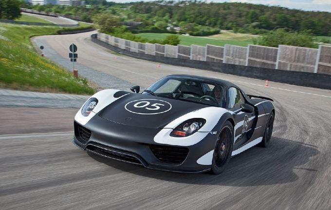 Gamintojo nuotr./Porsche 918 Spyder