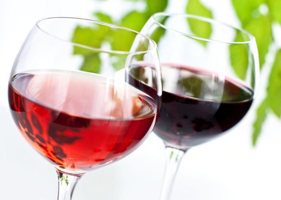 apie raudonojo vyno naudą hipertenzijai)