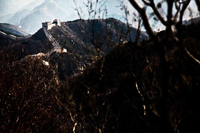 Bertos Tilmantaitės nuotr./Didžiosios Kinų sienos Badaling dalis  gausiauisiai lankoma turistų, nes yra arčiausiai Pekino ir lengviausiai pasiekiama.