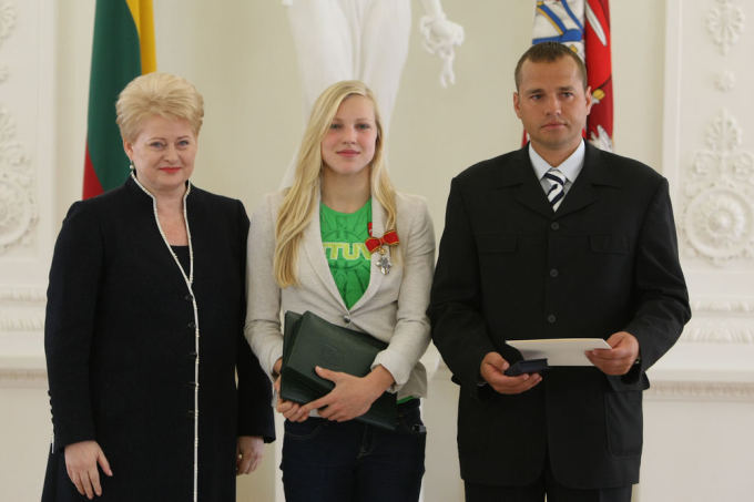 Juliaus Kalinsko / 15min nuotr./Dalia Grybauskaitė, Rūta Meilutytė, Dalia Grybauskaitė ir Giedrius Martinionis