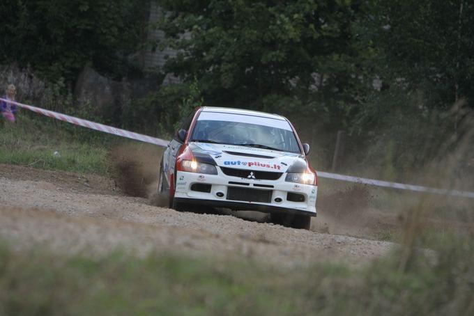Andriaus Lauciaus nuotr./300 lakes rally: įtemptas aeatadienis