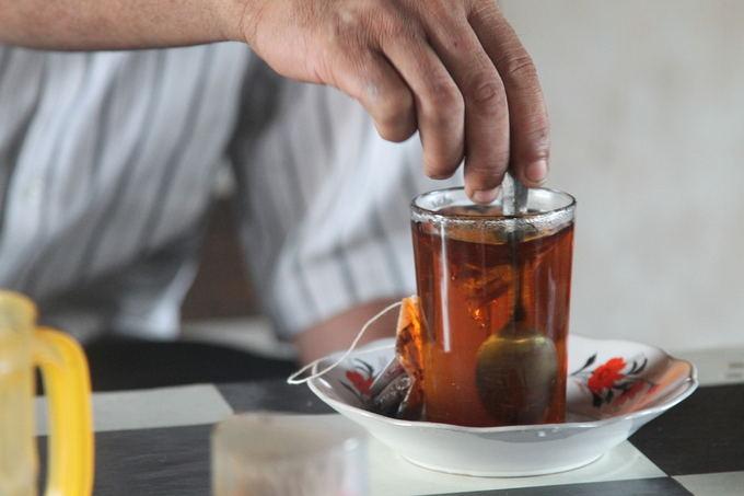 Evelinos ir Karolio nuotr./Arbatos kavos tradicijos keičiasi nuo regiono prie regiono. Iki pat Tailando ir Indonezijos, mes daugiausiai gerdavome juodą arba žaliąją arbatas.