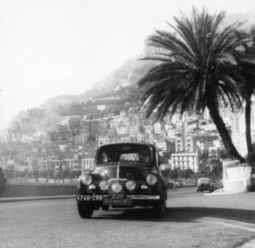 Gamintojo nuotr./Renault 4 CV Monte Karlo ralyje, 1949 m.