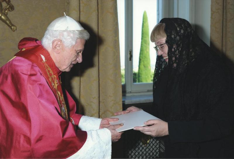 Naujoji Lietuvos ambasadorė prie Šventojo Sosto Irena Vaišvilaitė įteikė skiriamuosius raštus popiežiui Benediktui XVI.