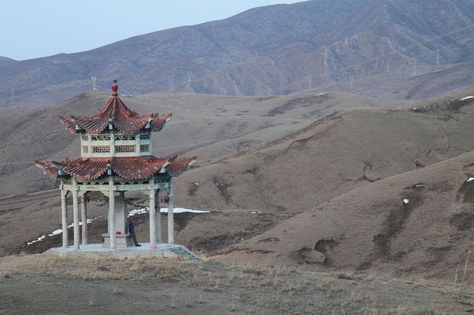Evelinos ir Karolio nuotr./Maža aventyklėlė Kinijos kalnuose, aalia kurios miegojome