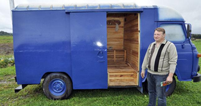 Pajūrio naujienų nuotr./Senas autobusiukas atgaivintas naujam gyvenimui.