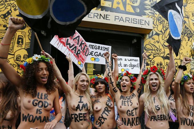Scanpix nuotr./Femen atidarymas palydėtas demonstracijomis