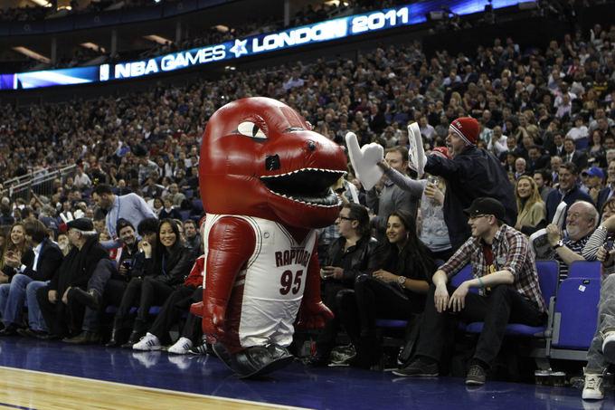 Reuters/Scanpix nuotr./Toronto Raptors gerbėjai