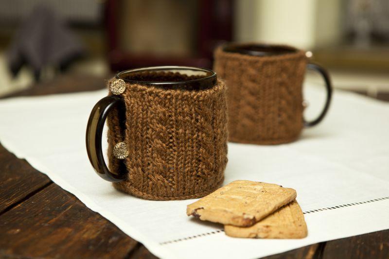 "Rankdarbio idėja: puodelis su ""megztuku"""