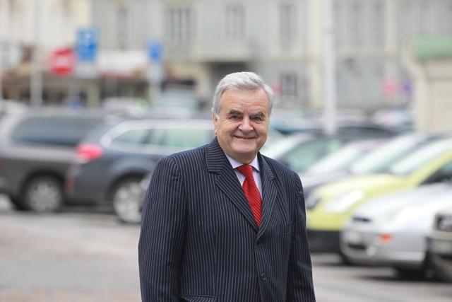 Prof. Rimvydas Jasinavičius