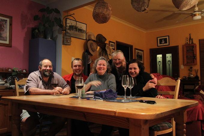 Evelinos ir Karolio nuotr./Australiako vyno degustavimas pas akotę moterį