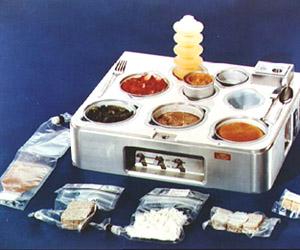 wikipedia.org nuotr./Jei kosmose pietums užsisakytumėte karatąjį patiekalą, jis būtų atrodęs atai taip.