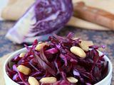 Fotolia nuotr./Rytietiakos raudonųjų kopūstų salotos