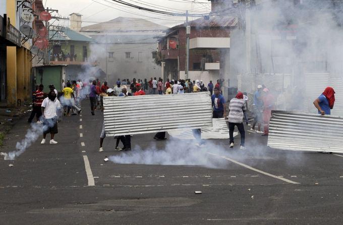 Reuters/Scanpix nuotr./Protestai Panamoje