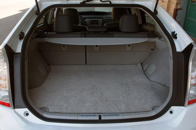 Gamintojo nuotr./Toyota Prius Plug-In