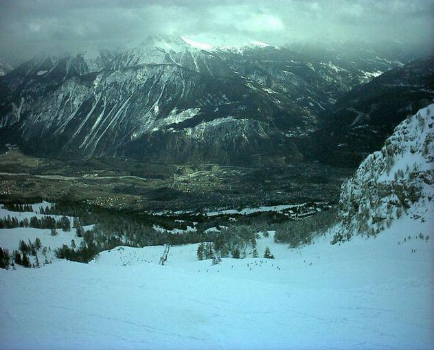 Wikimedia.org nuotr./10 ailčiausių pasaulio kalnų slidinėjimo kurortų
