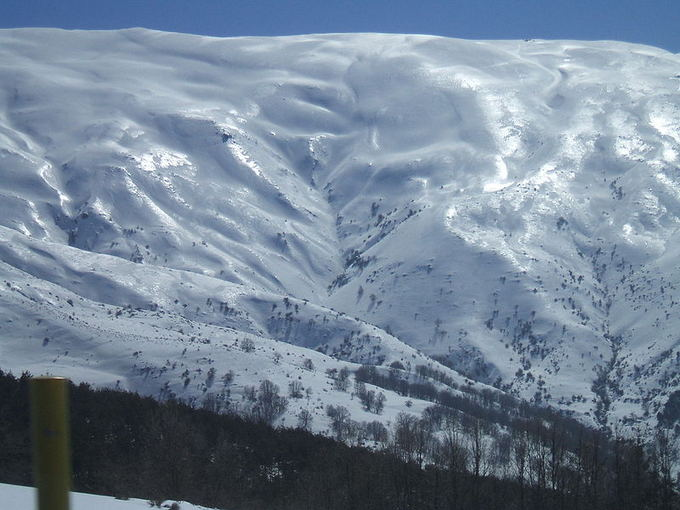 Javier Martin nuotr./Siera Nevada. 10 ailčiausių pasaulio kalnų slidinėjimo kurortų