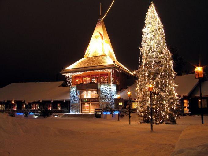 Fotolia nuotr./Kalėdų Senelio gimtinė - Rovaniemis (Suomija)