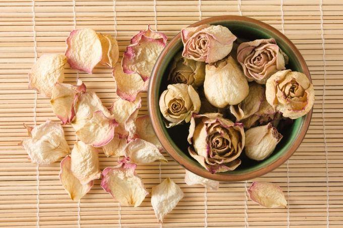 Fotolia nuotr./Džiovintos rožės