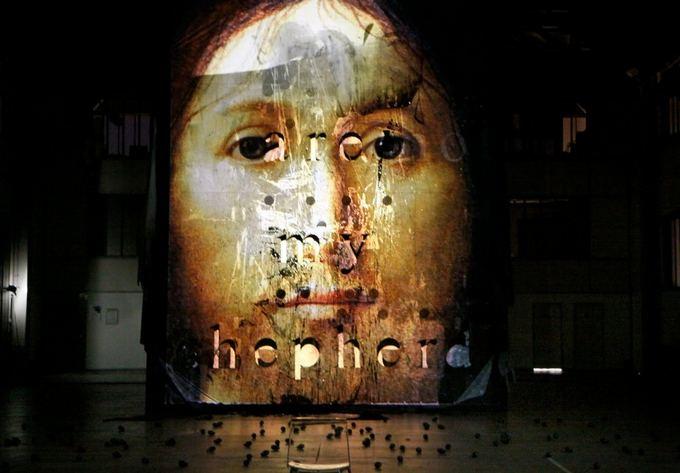 """Romeo Castelluccio spektaklis """"Apie dievo sūnaus veido koncepciją"""""""