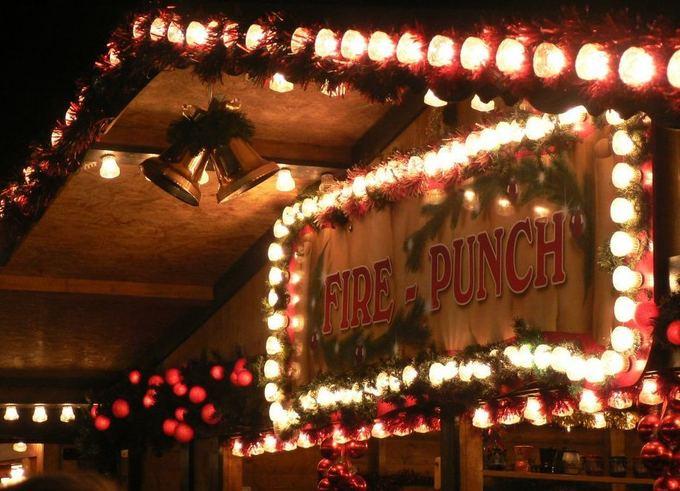 15min.lt/Indrės Bungardaitės nuotr./Kalėdinis turgus Edinburge