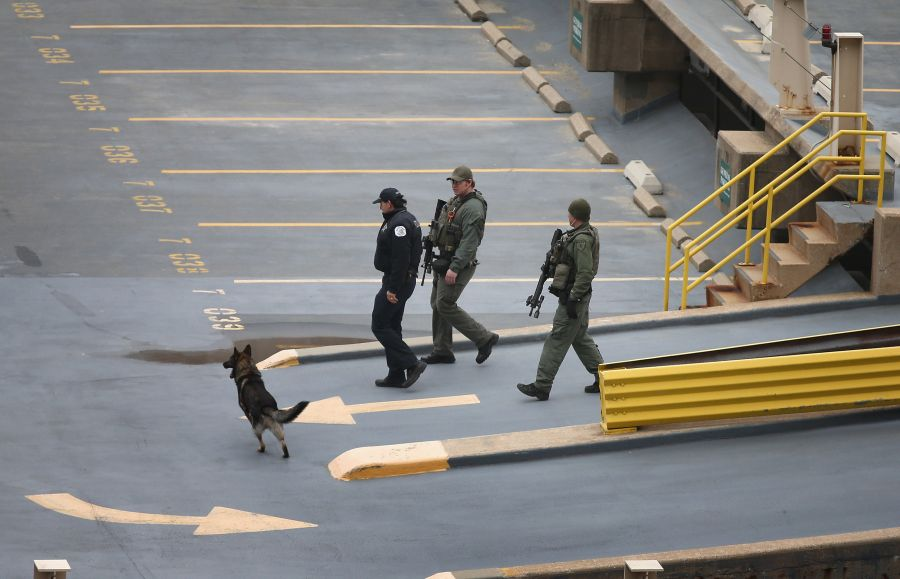 JAV policininkai ieško pasprukusių kalinių