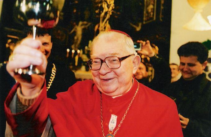 Dolnyslask.pl nuotr./89 metų kardinolas H.Gulbinowiczius kur buvęs kur nebuvęs vis grįžta mintimis į prieakario bei karo metų Vilnių