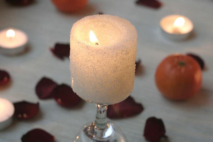 Rūtos Plonytės nuotr./Apaerkanijusi žvakė