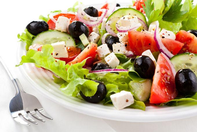 Fotolia nuotr./Graikiakos salotos
