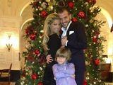 """""""Twitter"""" nuotr./Rafaelis van der Vaartas su žmona Sylvie ir sūnumi Damianu"""