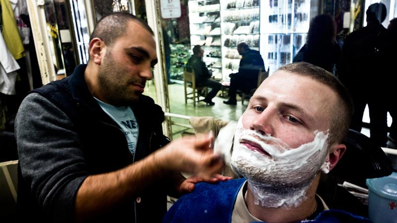 Pas vietinį barzdaskutį