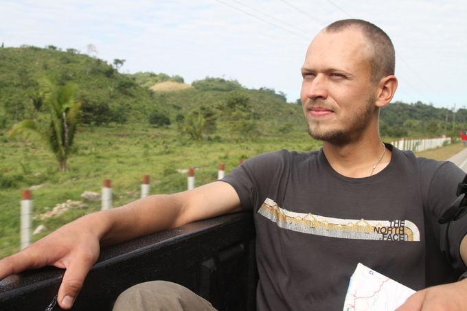 Evelinos ir Karolio nuotr./Ant pikapo per džiungles