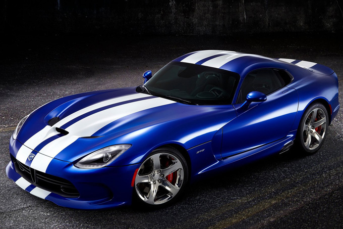 Gamintojo nuotr./Dodge SRT Viper GTS
