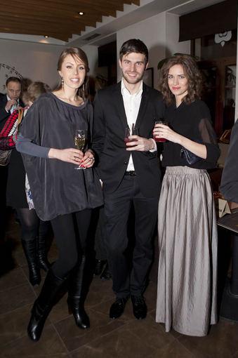Vaida Grikšaitė-Česnauskienė su broliu Viliumi bei jo mergina Nora Sudarytė