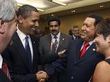 JAV prezidentas Barackas Obama ir Hugo Chavezas (2009 m.)