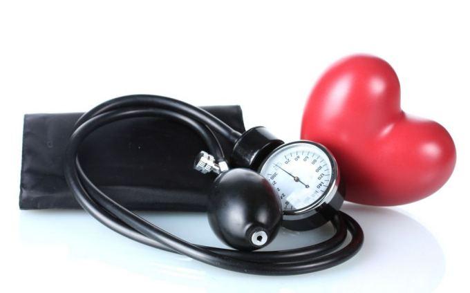 ar įmanoma išgydyti 3 laipsnio hipertenziją