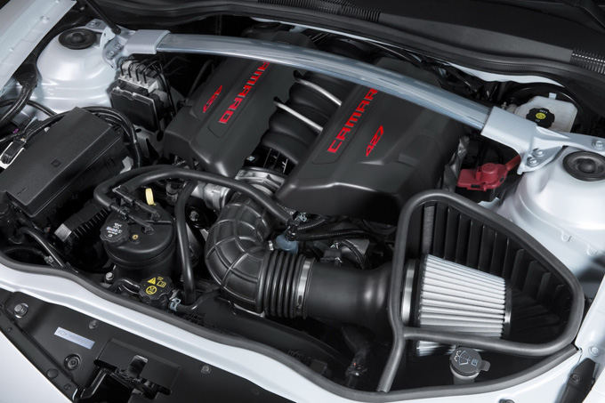 Gamintojo nuotr./Chevrolet Camaro Z/28